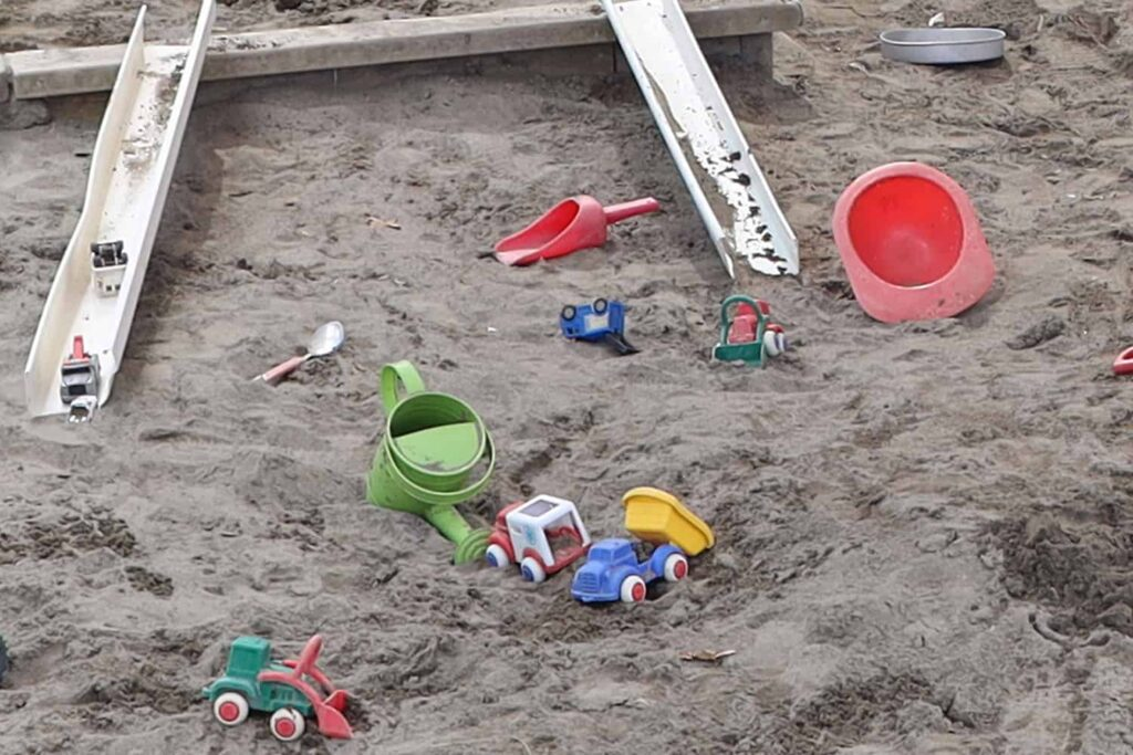 sandpit toys and health and safety